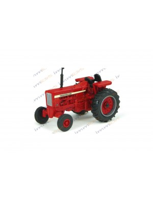 TRACTOR IH ANTIGUO M8