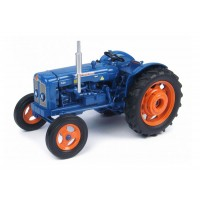 """TRACTOR FORDSON SUPER MAJOR """"New Performance"""" (1963)"""